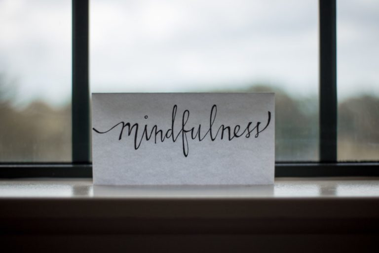 Let' talk about: Mindfulness in blue-collar industries